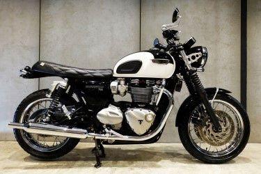 [ For Sale ] Triumph Bonneville T120 good condition
