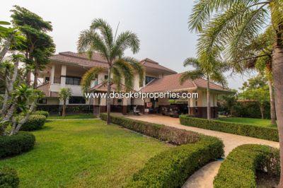 (HS226-04) Quick Sale! Beautiful 2 storey house, good location near Ka