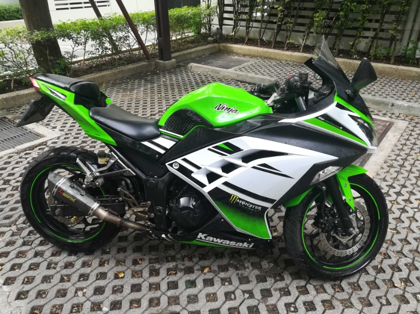 Kawasaki Ninja 300 ABS 2014 in good condition with SUPER low mileage!