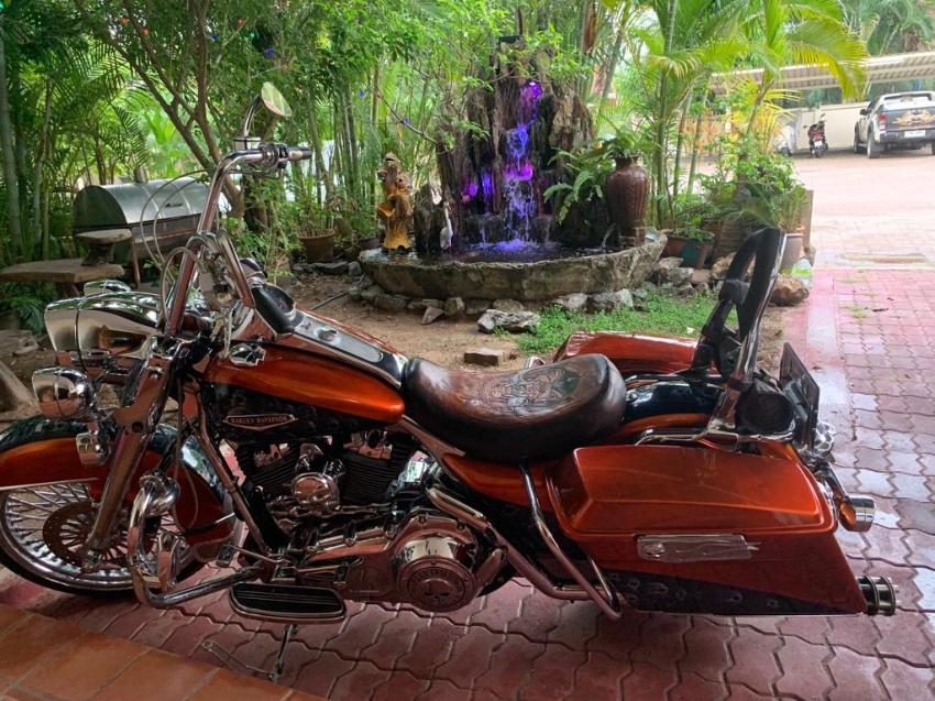 Harley Davidson Road King 2007 Custom+Ori Parts
