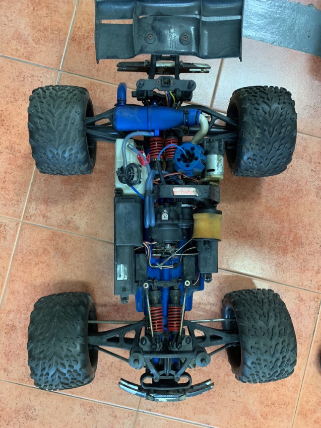Traxxas RC 4x4 Monster trucks and parts