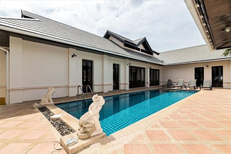 Short Term 4 BR 3 Bath Pool Villa Soi 6