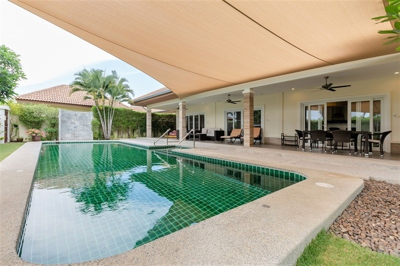 Short Term 4 BR 3 Bath Pool Villa Up to 9 Persons