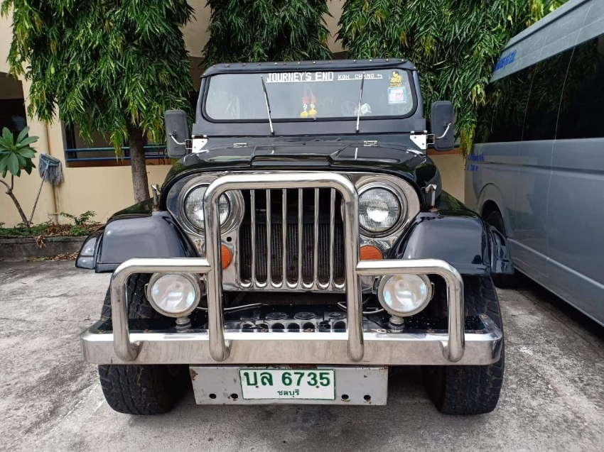 Jeep YJ- Big Pattaya Jeep
