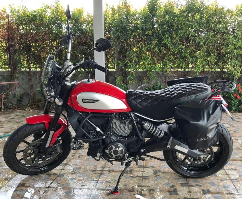 Ducati Scrambler Icon 2015 model