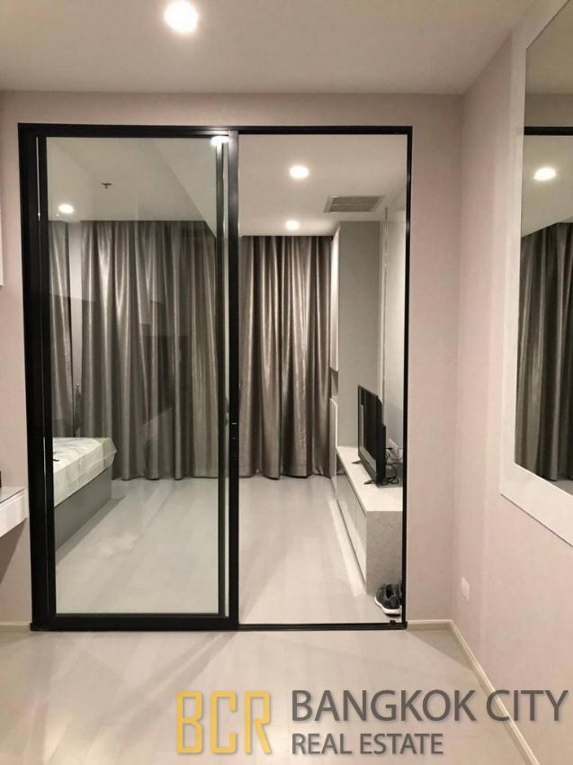 Noble Ploenchit Ultra Luxury Condo Very High Floor 1 Bedroom Unit