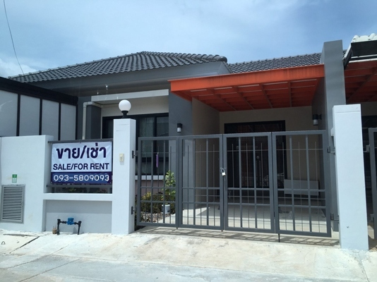 TL-0076 - Townhouse for rent with 2 bedrooms, 2 bathrooms, 1 kitchen