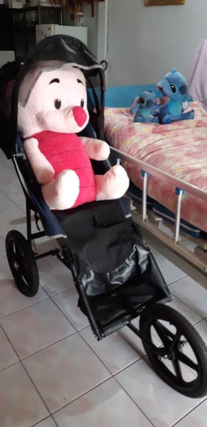 Hospital Bed & Large Baby Stroller