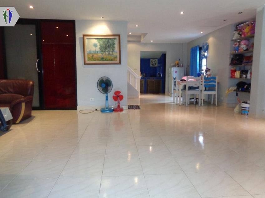 Single House for rent near Walking Street Pattaya.
