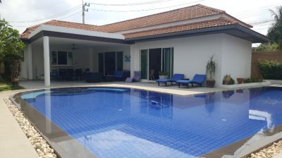 PRIVATE WELL PRESENTED POOL VILLA WITH SEPARATE ANNEX & 12M POOL
