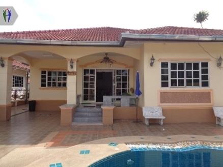 Single House for rent near Jomtien Beach.