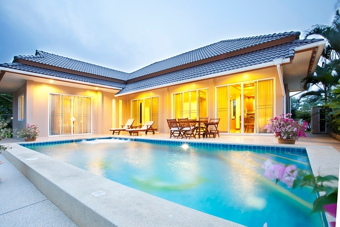 Pool villa in excellent condition at very low price