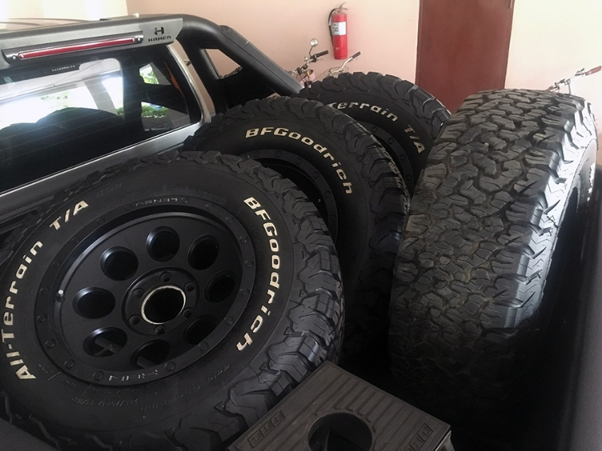 4 Off-road wheels (LENSO rims + BF GOODRICH tires)