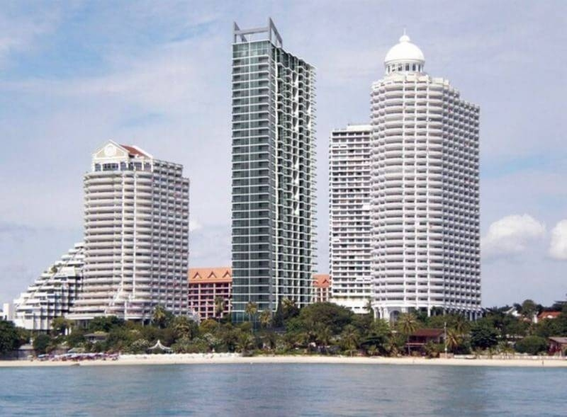To Rent in Wong Amat tower at 25th floor a 41.5 sqm studio