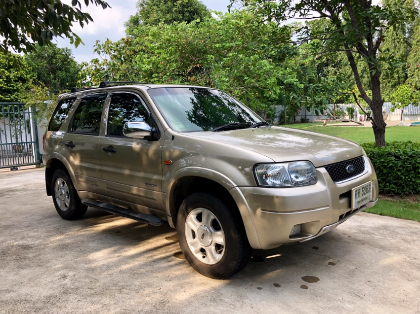 Ford Escape XLT with FSH