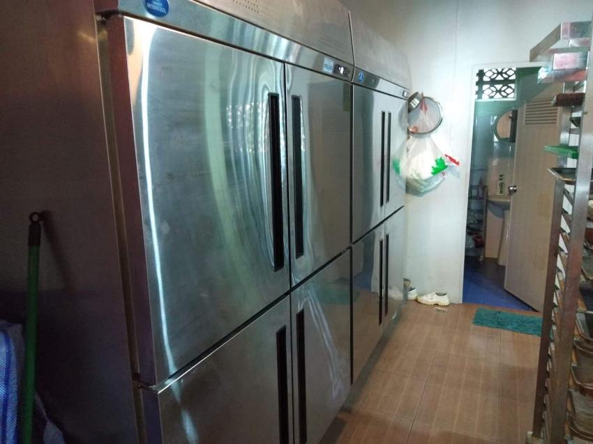 4 door fridge & 4 door freezer