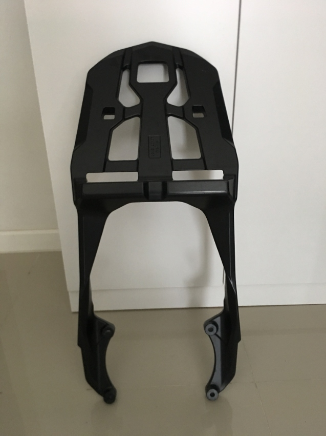 YAMAHA GENUINE MT09 FZ09 REAR LUGGAGE RACK