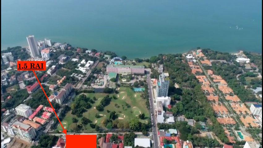 1,5 Rai with prime land for sale on Pratumnak Hill.