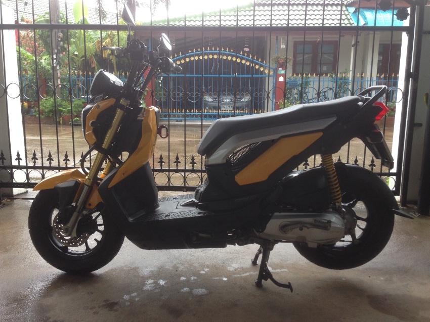 Honda Zoomer X - 69 plate - Only 3xxx km