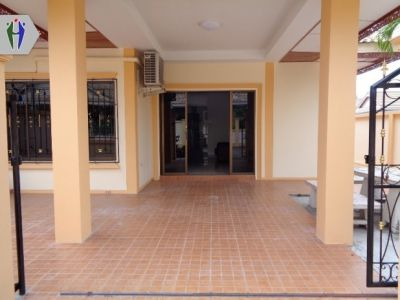 Corner townhouse for Rent in Soi Kaonoi Ready to move in
