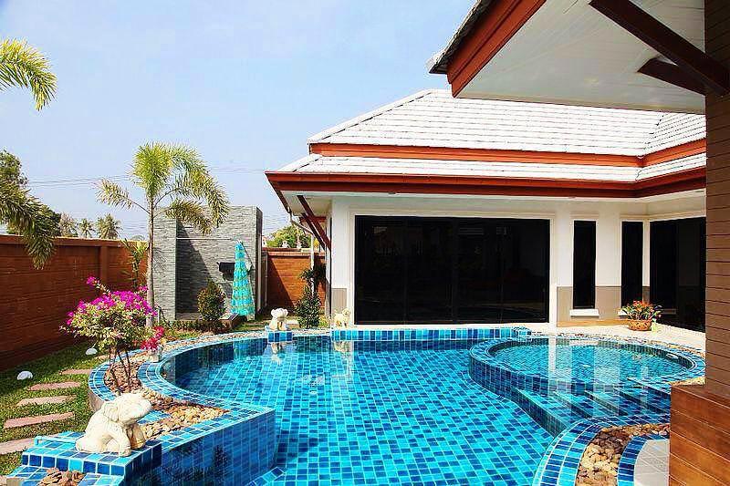 Stylish Baan Dusit Pool Villa For Sale