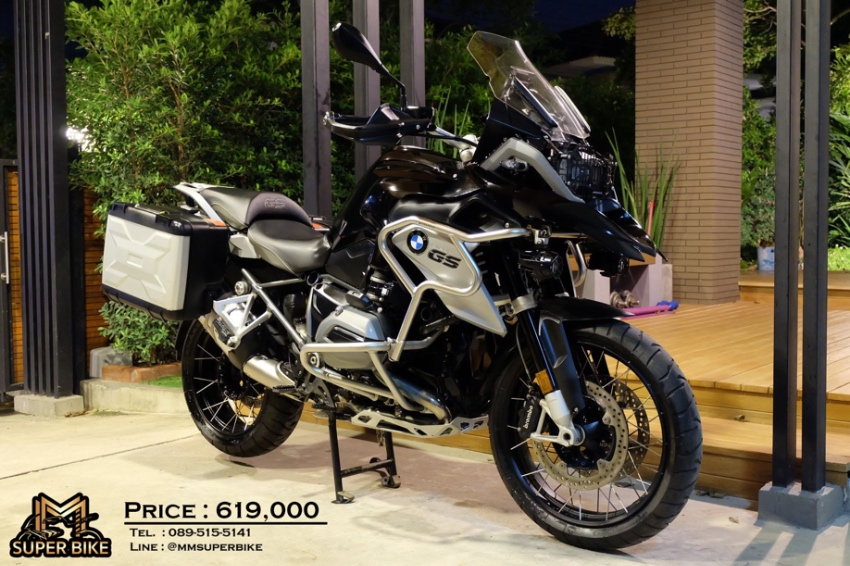 BMW R1200GS 2016 Triple black at a valuable price!! with BMW panniers!