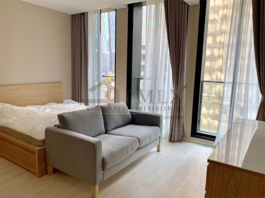 Noble Ploenchit - 44.9 Sqm / Beautifully Furnished / Hot Deal!!