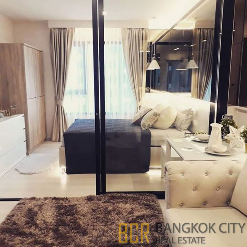 Life Asoke Luxury Condo Beautifully Furnished 1 Bedroom Unit for Rent