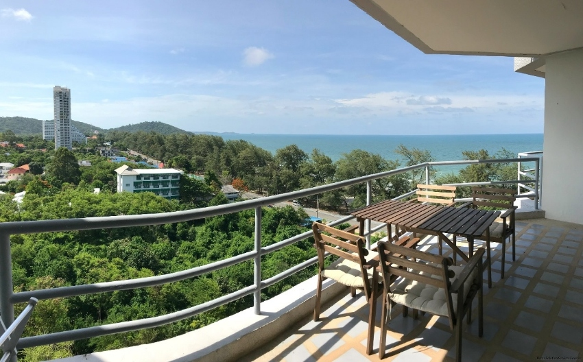 Amazing ocean views from the 10th floor in The Royal Rayong...