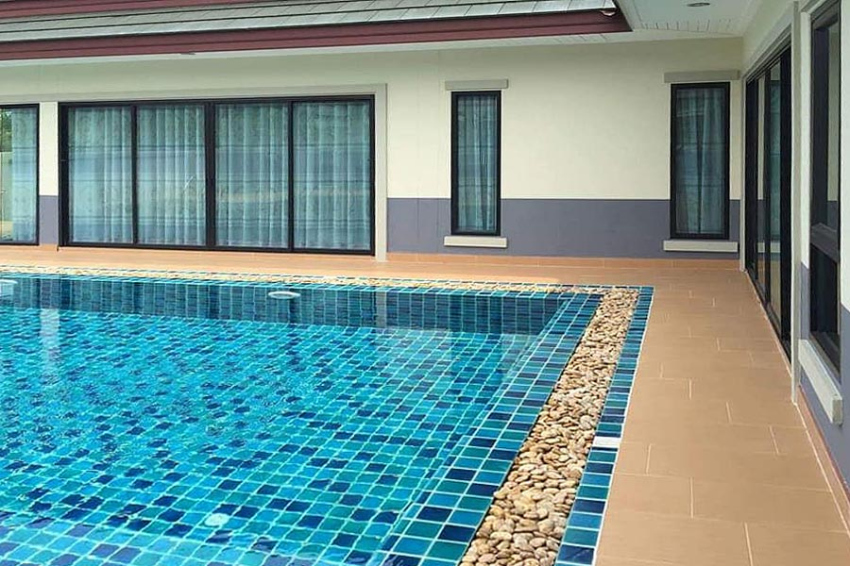 Immaculately Presented Pool Villa For Sale
