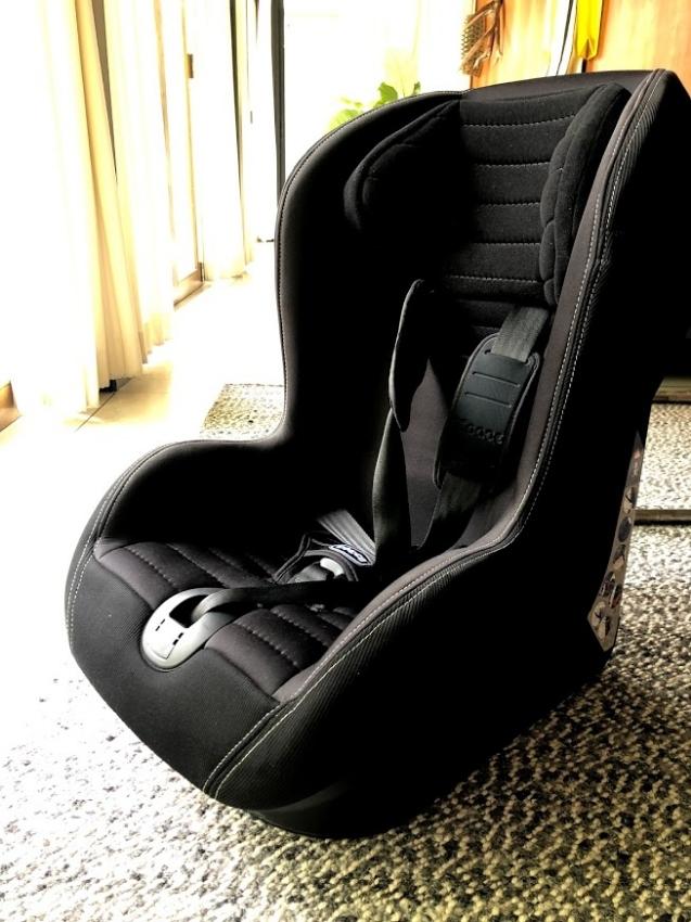 Chicco Xpace Black Car Saet