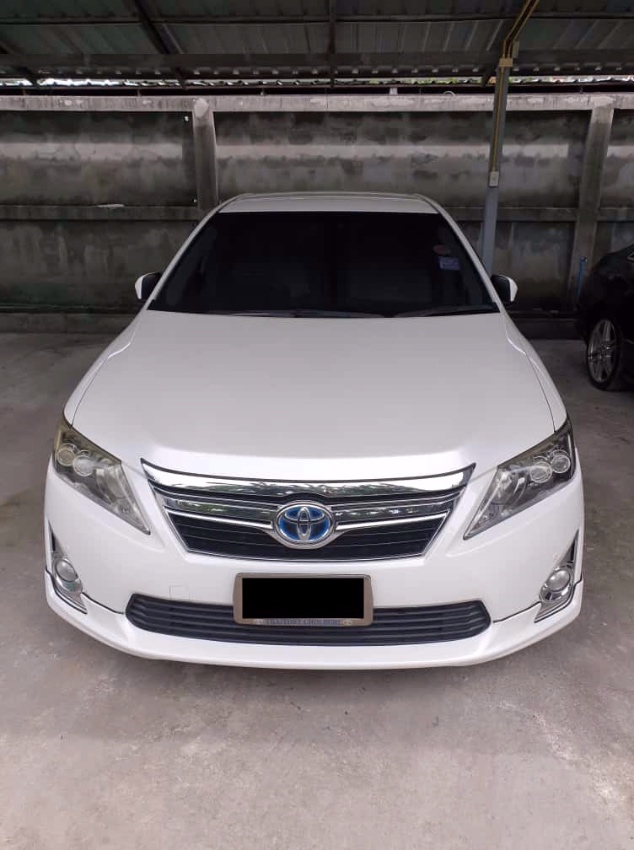 Toyota Camry Hybrid 2013 with BRAND NEW BATTERY PACK!  For Sale!