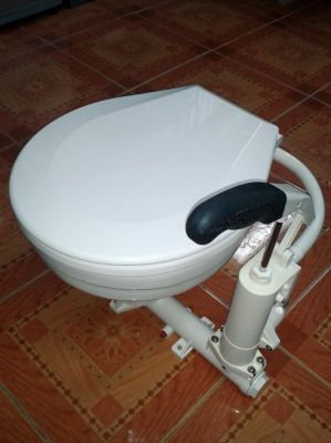 Marine toilet for Sale