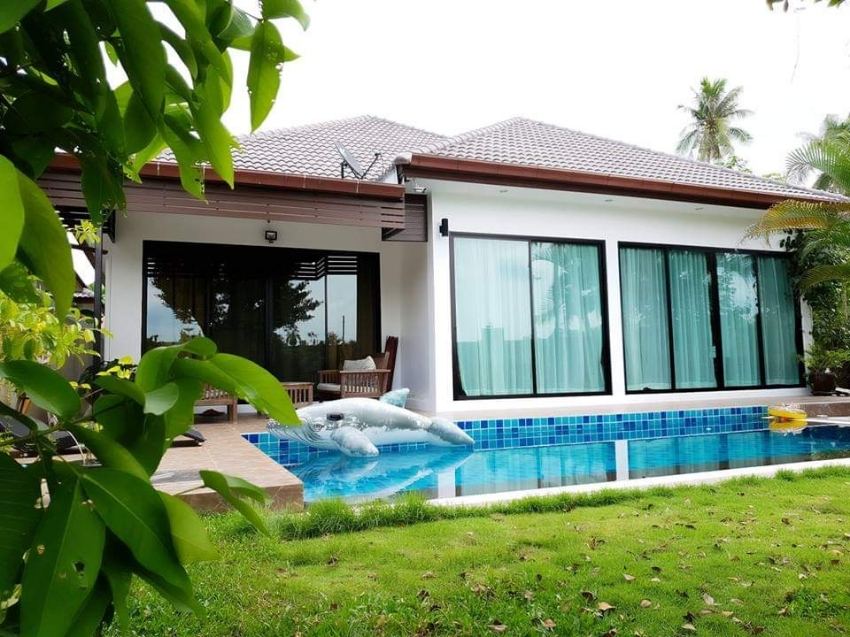 PRIVATE POOL VILLA IN SMALL DEVELOPMENT OF SIMILAR IN GATED VILLAGE