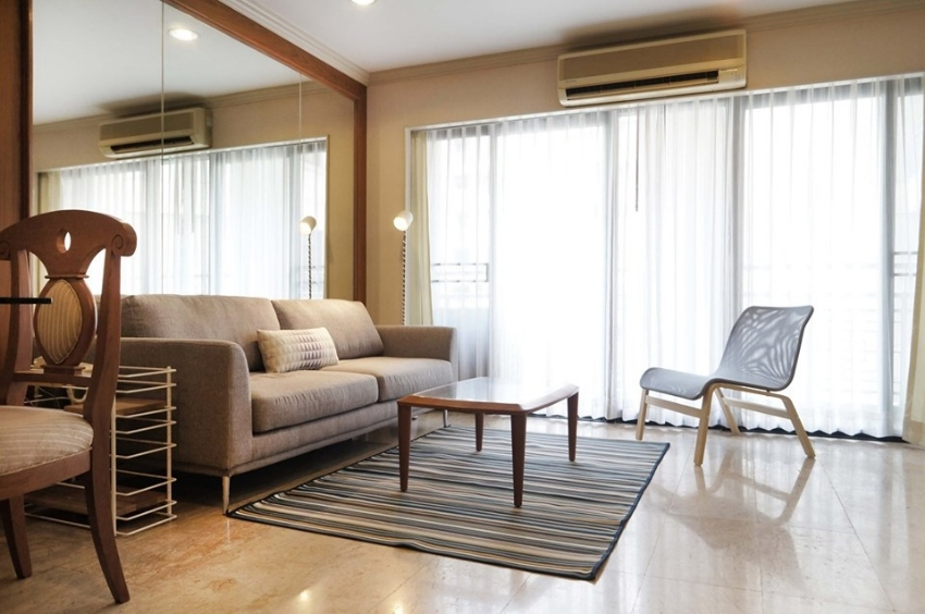 Green Point Silom condo for rent and ready to move in 2 bed in Bangrak