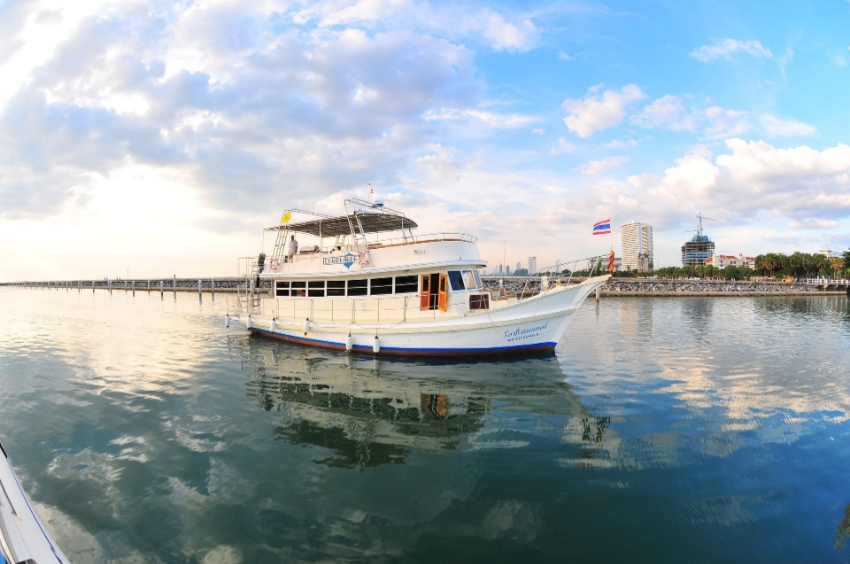 Boat, Tour-boat, Yacht incl. Dinghy