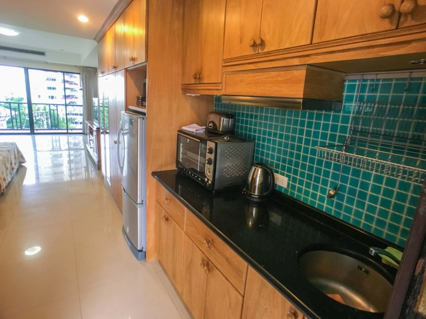 Rare Offer for a Large Studio in Nova Mirage Condo Wongamat