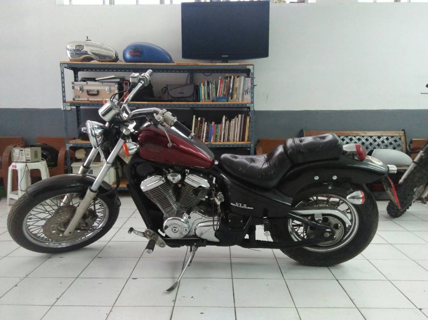 Honda Steed 600 cc.