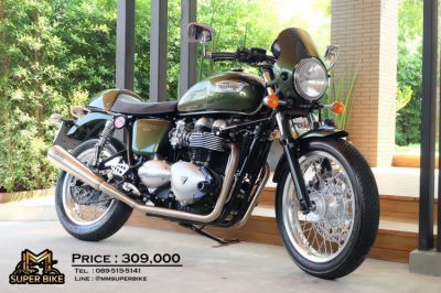 Triumph Thruxton 900 2015 with FULL ARROW exhaust only 5,6xx kms!