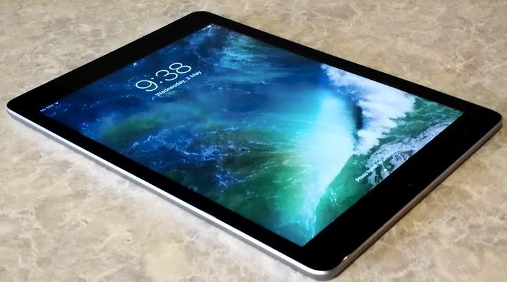 iPad 9'7
