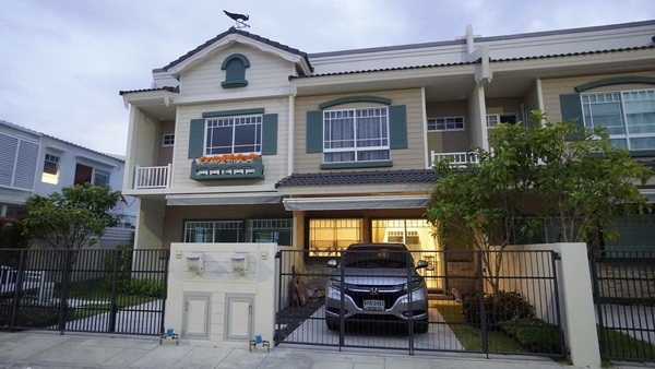 (เช่า) FOR RENT INDY BANGNA KM.7 / 2 beds 3 baths / 20 Sqw.**21,000**