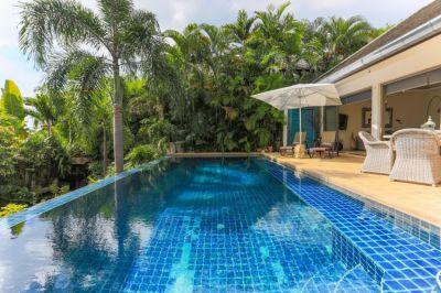 For Sale Villa 4 bedrooms Bophut Koh Samui