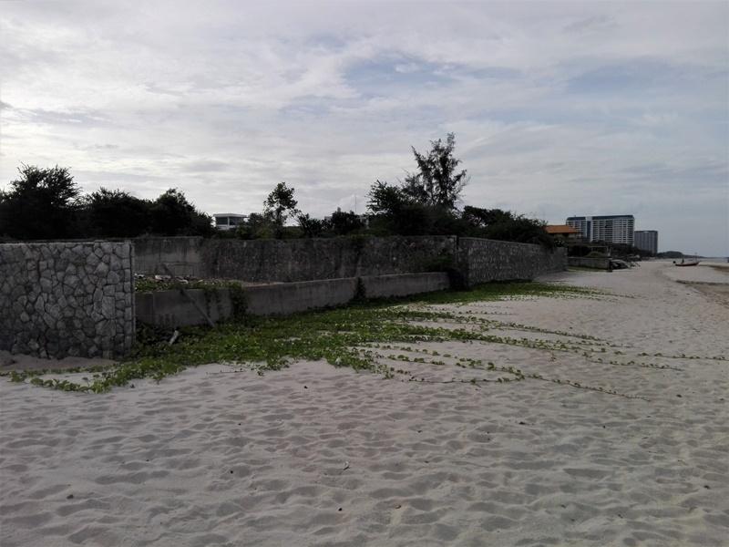 Hua Hin North 1-1-47 Rai Absolute Beachfront  Land