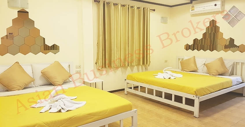 1205008 Jomtien Beach 8-Room Guesthouse with Restaurant