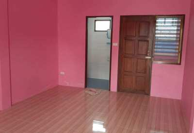 BS2028 Apartment For Sale 8 Room