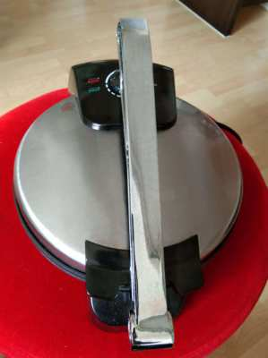 Westpoint Electronic Roti Maker excellent condition almost New