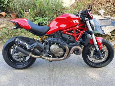 Ducati monster 821 Performance in excellent condition