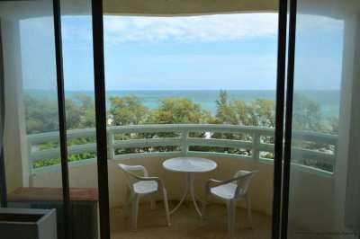 Great Ocean and Sunsets views from the 9th floor in VIP Condochain