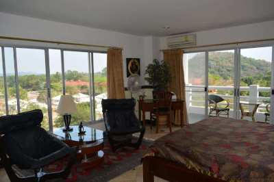 New price! Fully furnished 2 bedroom condo on Mae Ramphueng beach
