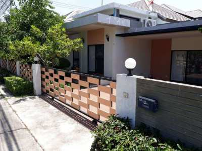 (price reduced) 3 bedrooms house with private pool in Pattaya